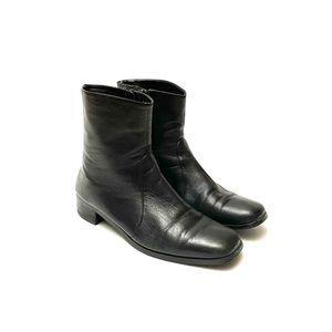 Vintage 80s black leather witchy goth ankle boots